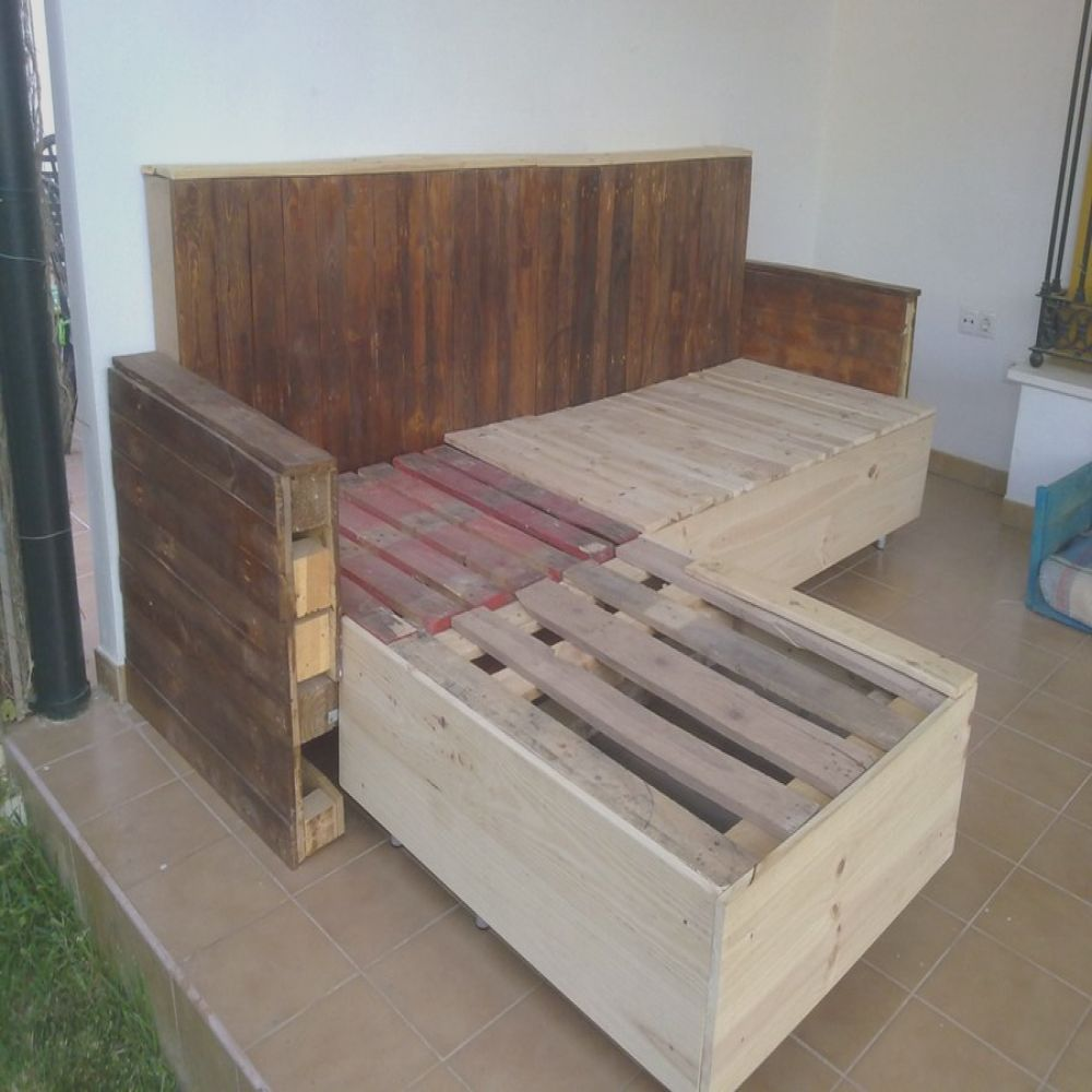 chaise longue hecho con palets
