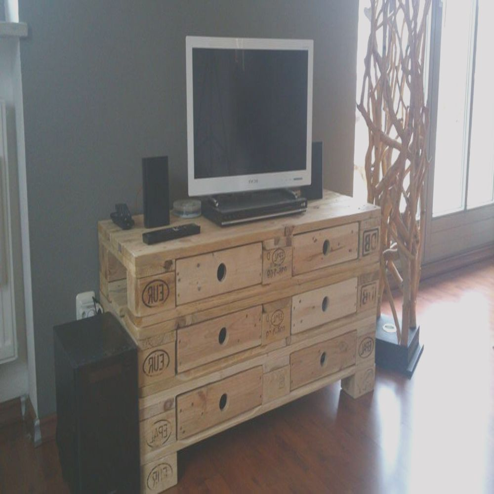diy pallet media table with 6 drawers