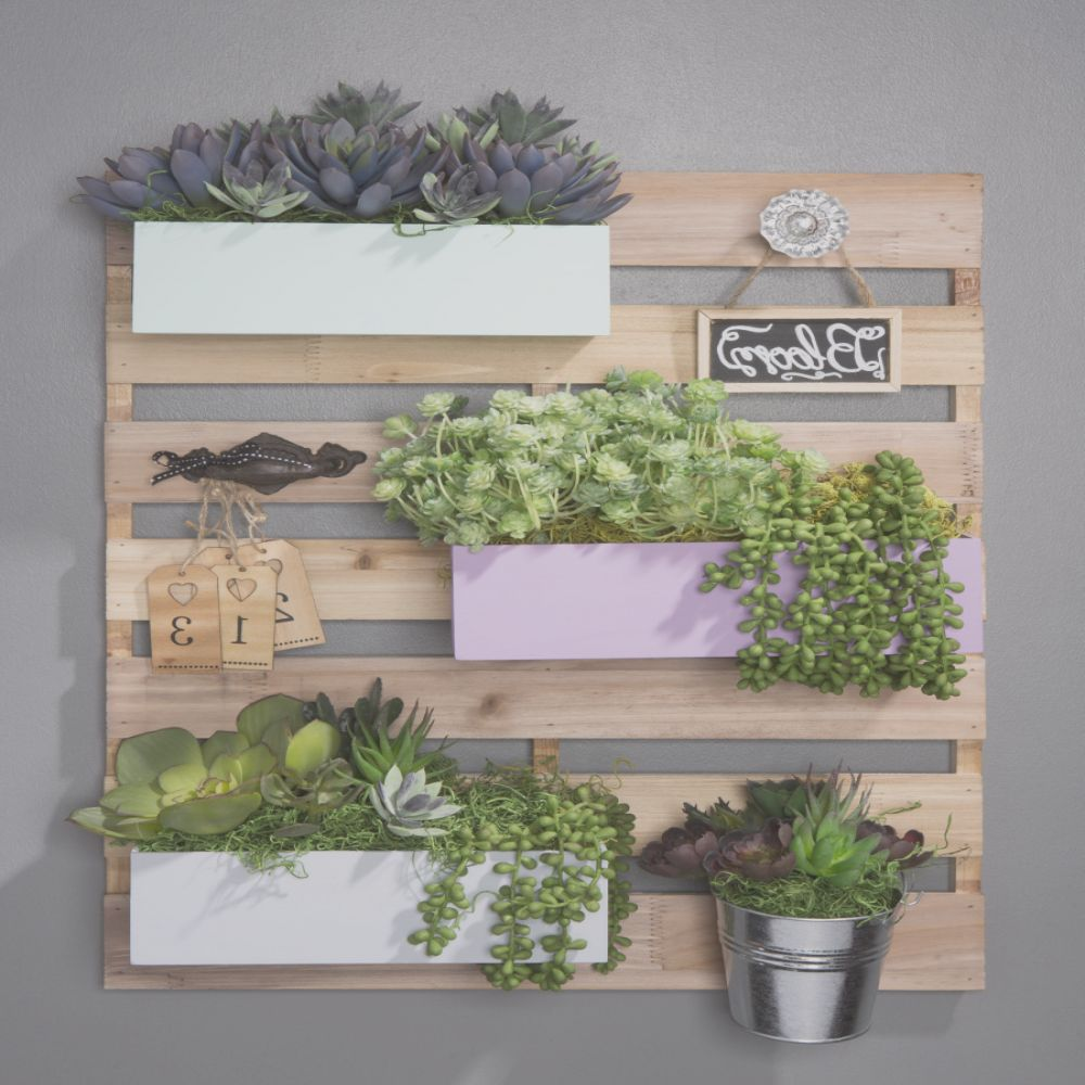 create with wood pallet boards