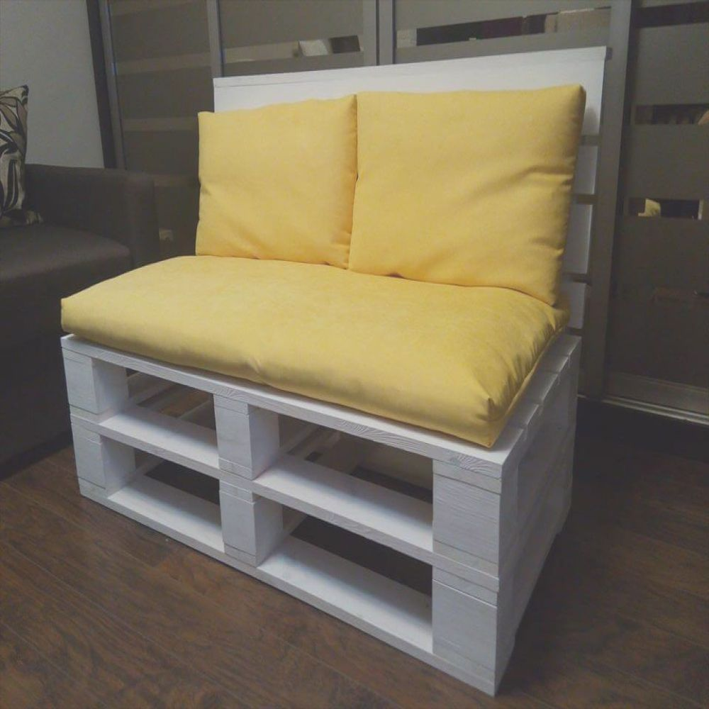 pallet sofa for 2 person seating