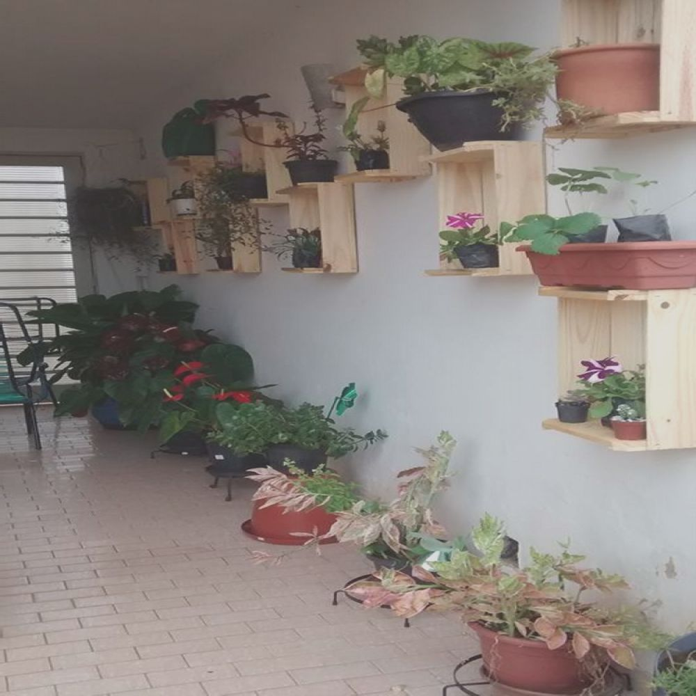 pallets vertical planter boxes