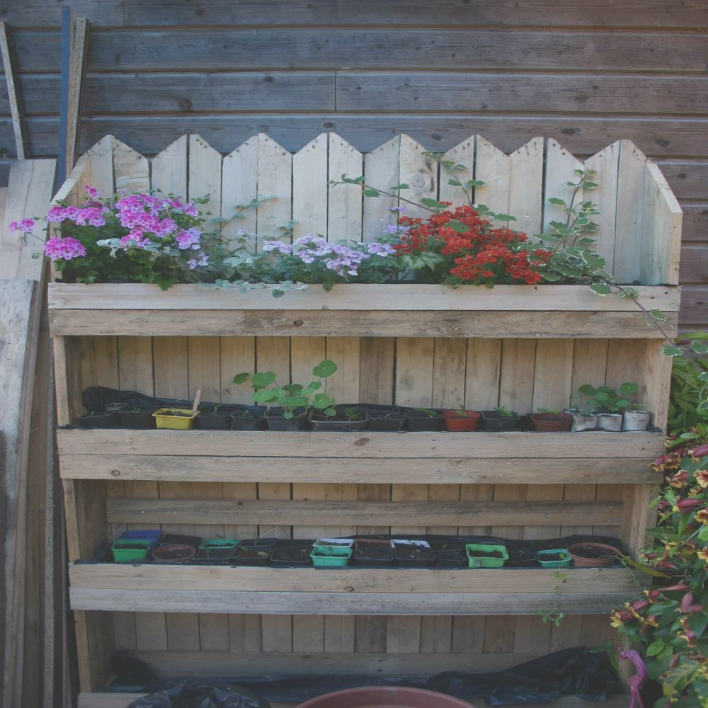 decorative vertical pallet planter mur ve al