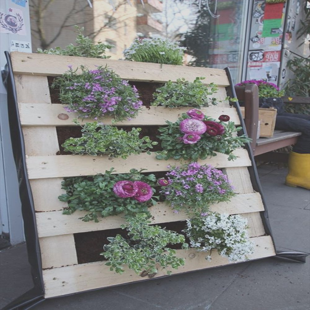 vertical pallet garden and backyard ideas